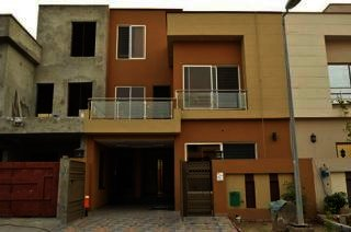 1 Kanal House for Rent in Islamabad F-8/3,