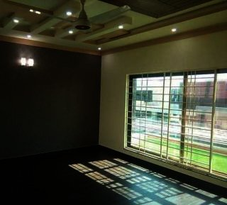120 Square Yard House for Rent in Karachi DHA Phase-8