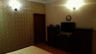 1800 Square Feet Apartment for Sale in Karachi Nishat Commercial Area