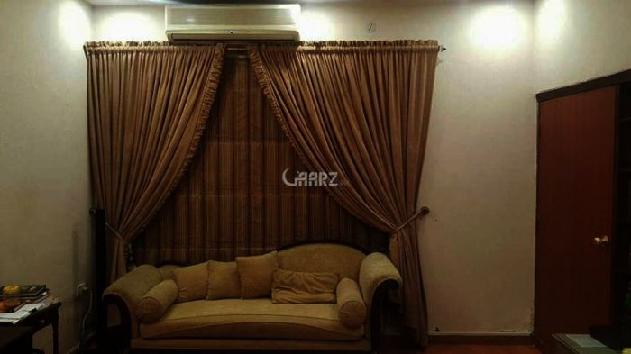 1850 Square Feet Apartment for Sale in Karachi Nishat Commercial Area