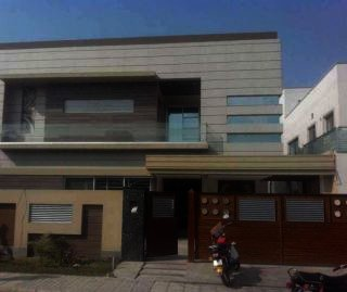 25 Marla House for Rent in Islamabad F-7