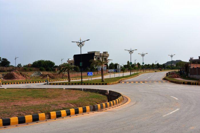 3.36 Marla Commercial Land for Sale in Karachi Saadi Town Block-2
