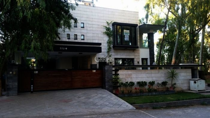 566 Square Yard House for Sale in Islamabad F-11/3