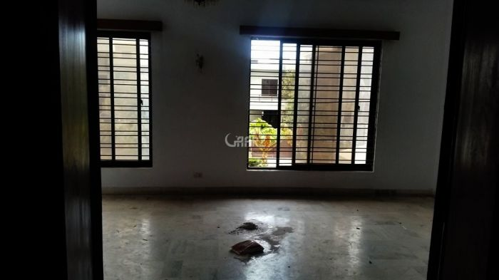 566 Square Yard Upper Portion for Rent in Islamabad F-10/3
