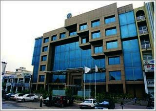 6 Kanal Commercial Building for Rent in Lahore Gulberg