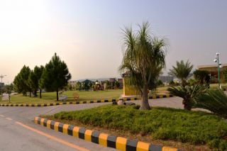 8 Marla Commercial Land for Sale in Karachi DHA Phase-8
