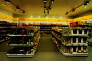 825 Square Feet Commercial Shop for Rent in Karachi Bukhari Commercial Area