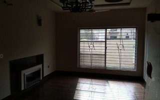 950 Square Feet Apartment for Sale in Karachi Bahria Town