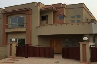 10 Marla House for Rent in Lahore Bahria Town