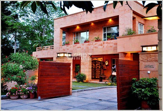 11 Marla House for Sale in Islamabad G-6/2