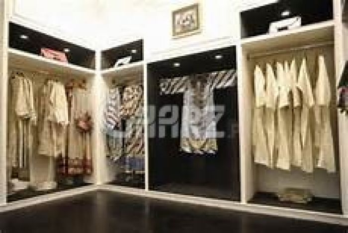110 Square Feet Commercial Shop for Sale in Lahore Ghalib Road