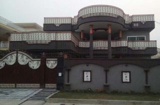 12 Marla House for Rent in Karachi DHA Phase-8