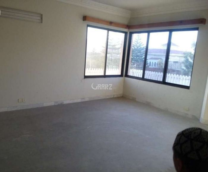 1360 Square Feet Apartment for Rent in Karachi Clifton Block-2