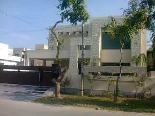 15 Marla House for Rent in Karachi DHA Phase-5