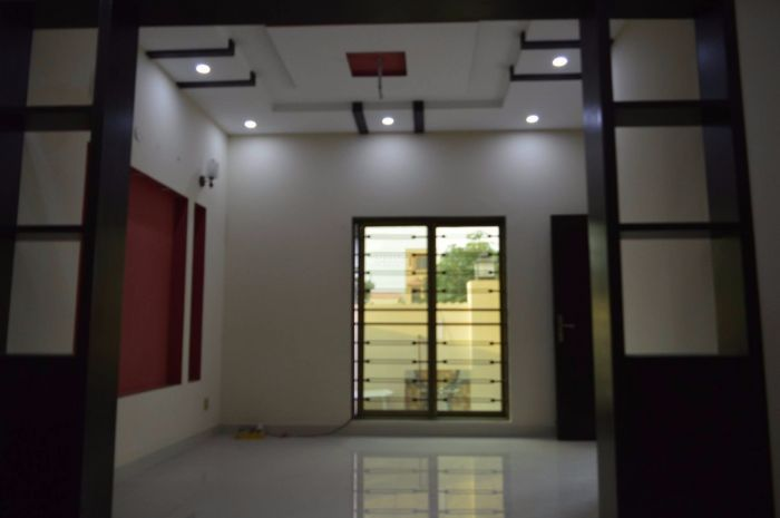 16 Marla Upper Portion for Rent in Karachi Gulshan-e-iqbal Block-2