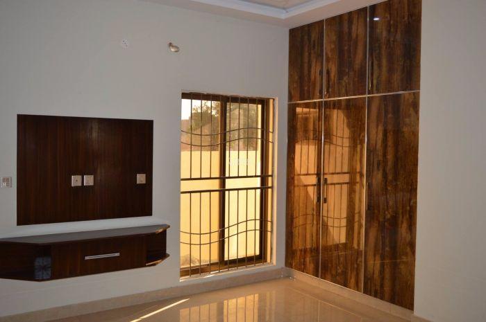 1602 Square Feet Apartment for Sale in Karachi Bahria Town