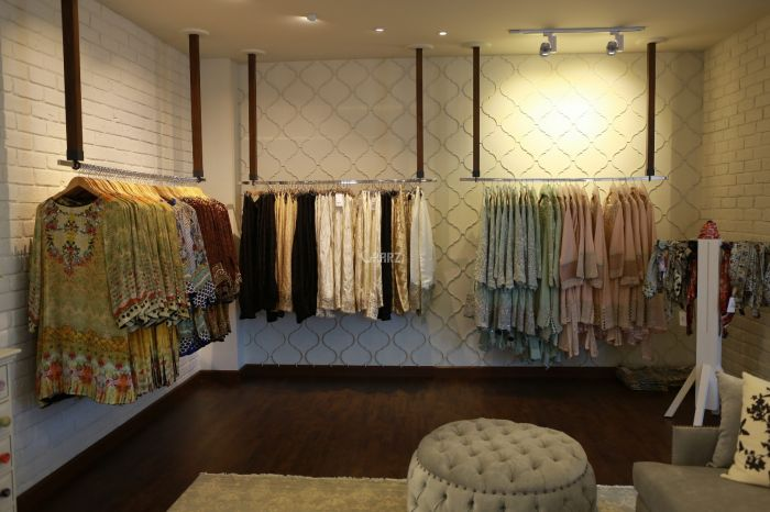 201 Square Feet Commercial Shop for Sale in Lahore Ghalib Road
