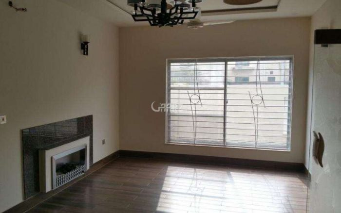 44 Square Yard Studio Flat for Rent in Karachi DHA Defence