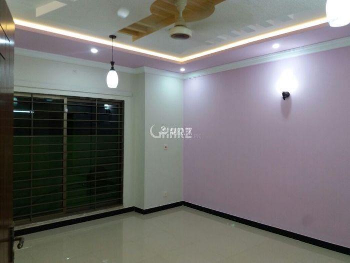740 Square Feet Apartment for Sale in Karachi Gulshan-e-iqbal