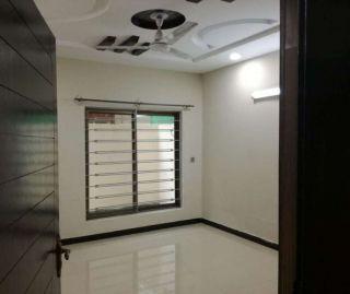 850 Square Feet Apartment for Sale in Karachi Gulshan-e-iqbal