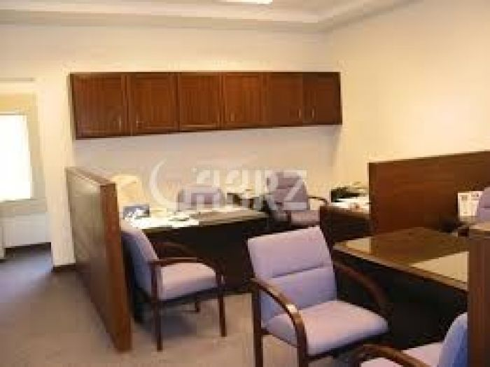 890 Square Feet Commercial Office for Rent in Islamabad Blue Area