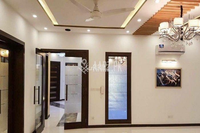 10 Marla Lower Portion for Rent in Karachi Gulshan Block-2