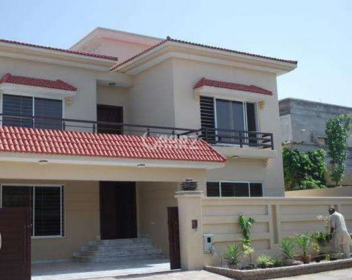 10 Marla House for Sale in Lahore Bahria Town Overseas B