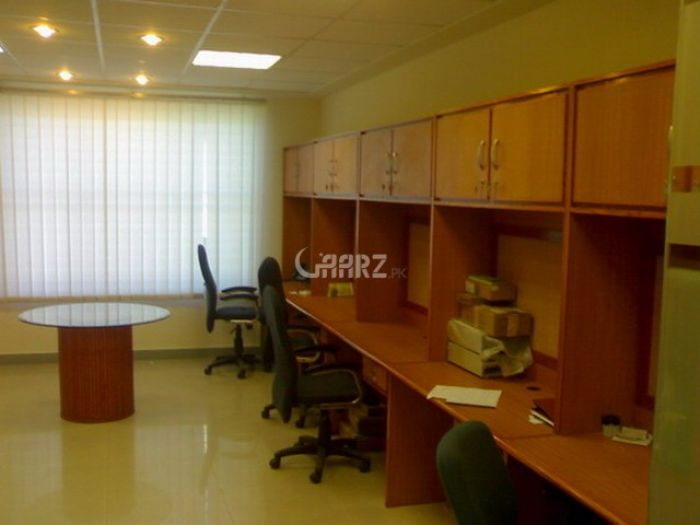 1020 Square Feet Commercial Office for Rent in Karachi Bukhari Commercial Area