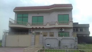 20 Marla Upper Portion for Rent in Karachi North Nazimabad Block L