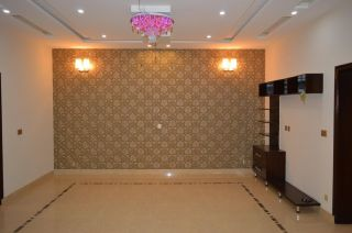 2700 Square Feet Apartment for Rent in Karachi Sea View Apartments