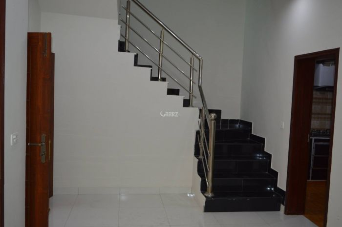 3300 Square Feet Apartment for Rent in Karachi DHA Phase-8