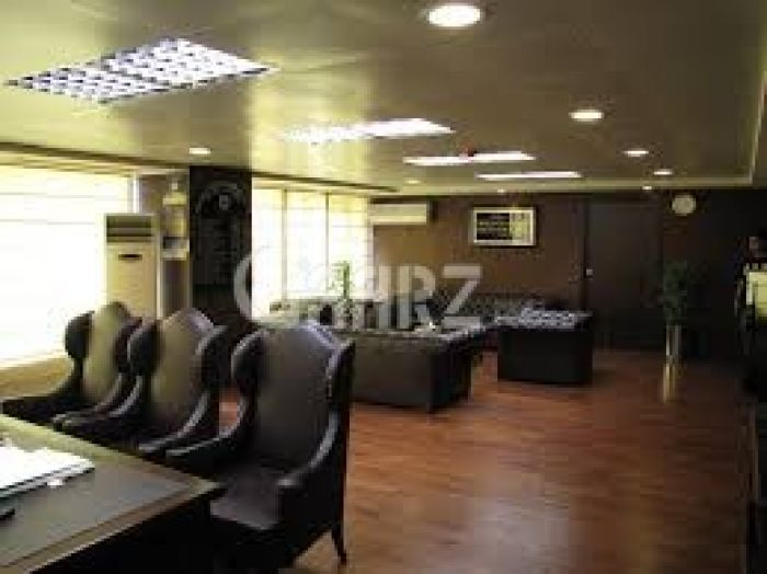 512 Square Feet Commercial Office for Rent in Karachi Shahbaz Commercial Area