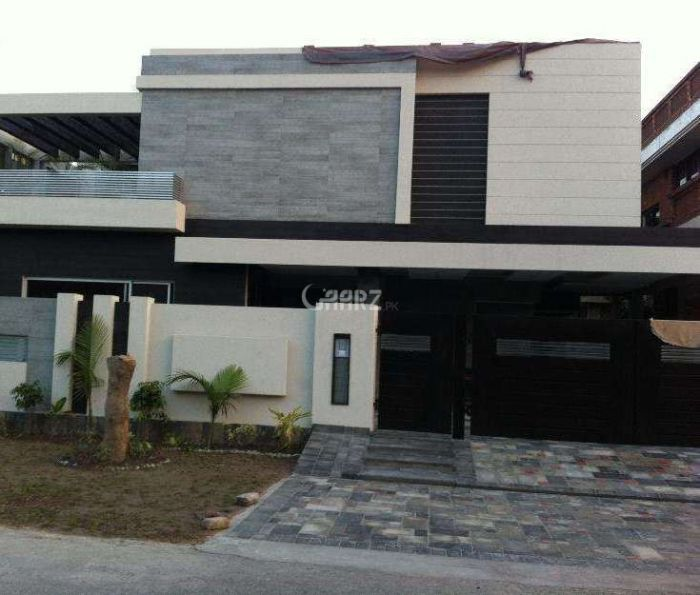 10 Marla House for Sale in Lahore Eme Society Block G