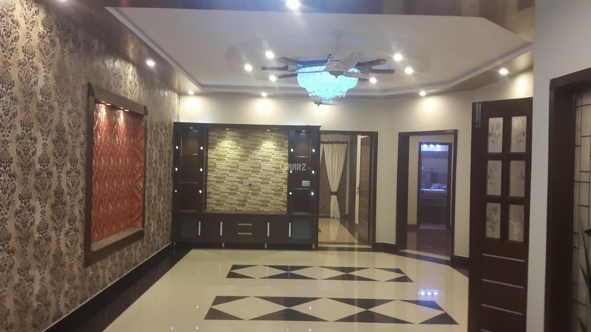 10 Marla House for Sale in Lahore Overseas A
