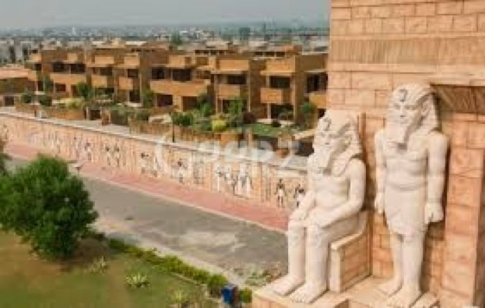10 Marla Plot for Sale in Lahore Bahria Town