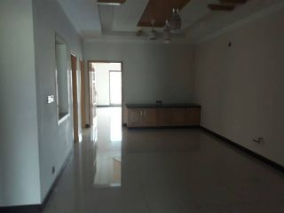 10 Marla Upper Portion for Rent in Lahore Pace Woodlands