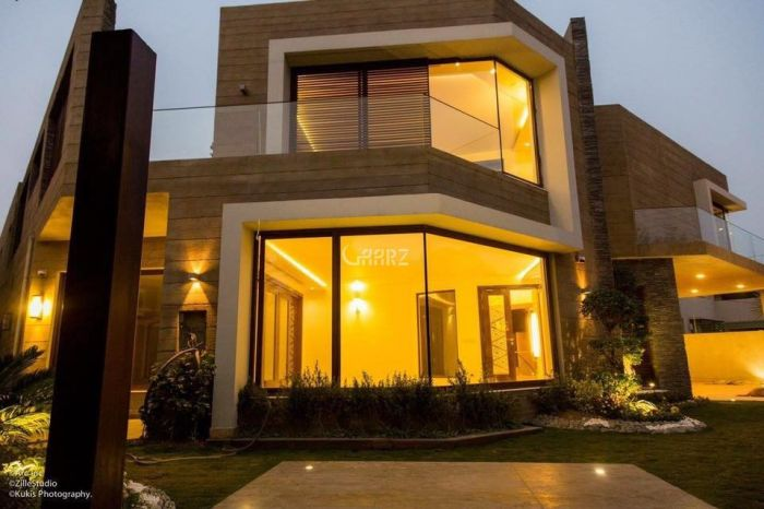 1.1 Kanal House for Sale in Lahore Block D Eme Society