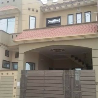 11 Marla House for Rent in Lahore Block B Eme Society