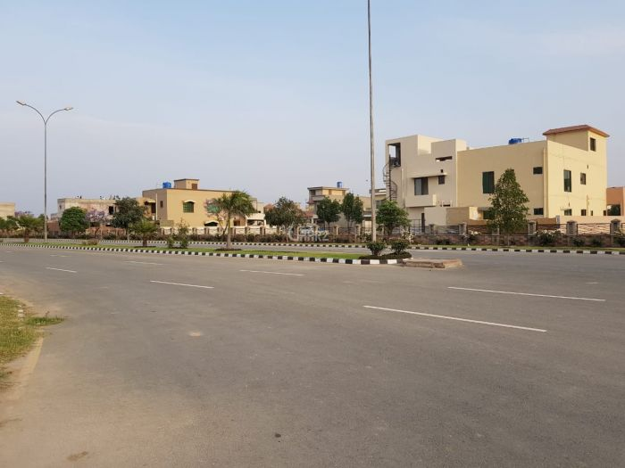 10 Marla Plot for Sale in Lahore DHA Phase-6