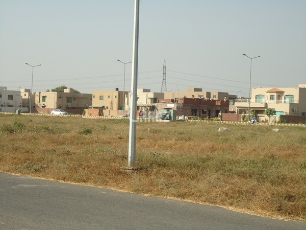 4 Marla Residential Land for Sale in Lahore DHA-9 Town Cca