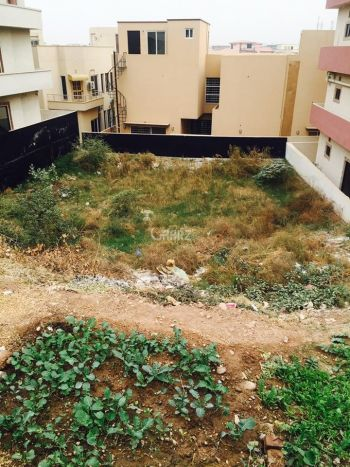 5.5 Marla Plot for Sale in Karachi Capital Cooperative Housing Society