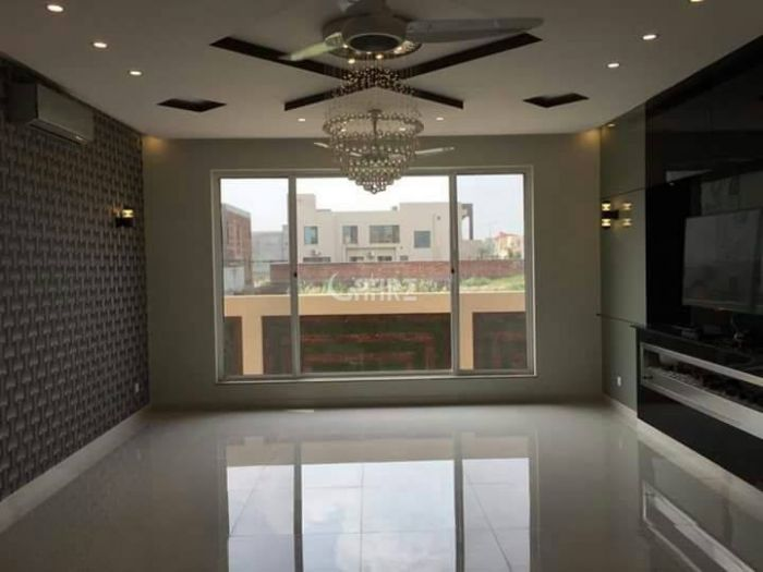 550 Square Feet Apartment for Rent in Lahore Bahria Town Sector D