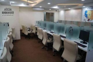 8 Marla Commercial Office for Rent in Karachi Bukhari Commercial Area,