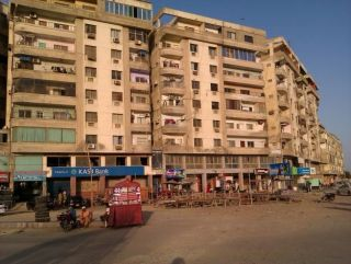 9 Marla Apartment for Rent in Karachi Commercial Street