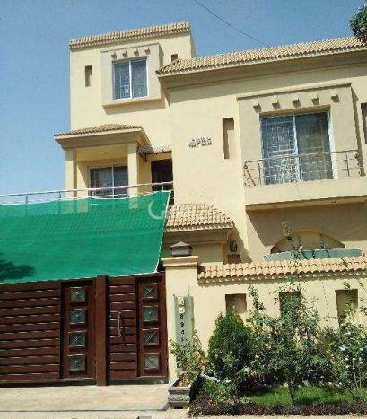 1 Kanal House for Sale in Lahore Block E Eme Society