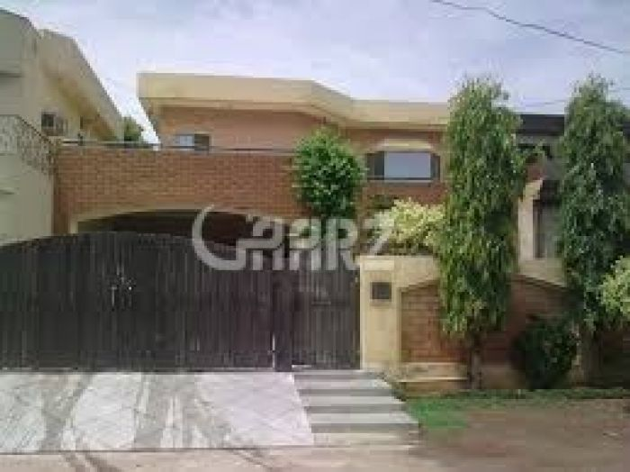 1.1 Kanal House for Sale in Lahore Gulberg-3