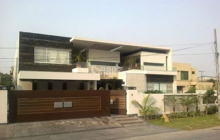 14 Marla House for Sale in Islamabad G-13/1