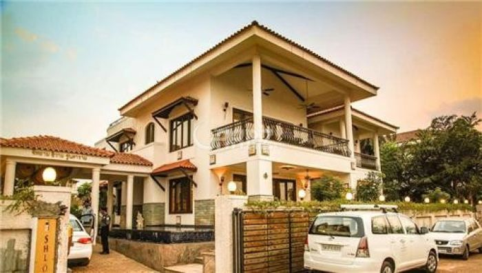 2 Kanal House for Rent in Lahore Gulberg-3