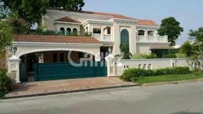 2 Kanal House for Sale in Lahore Gulbahar Park