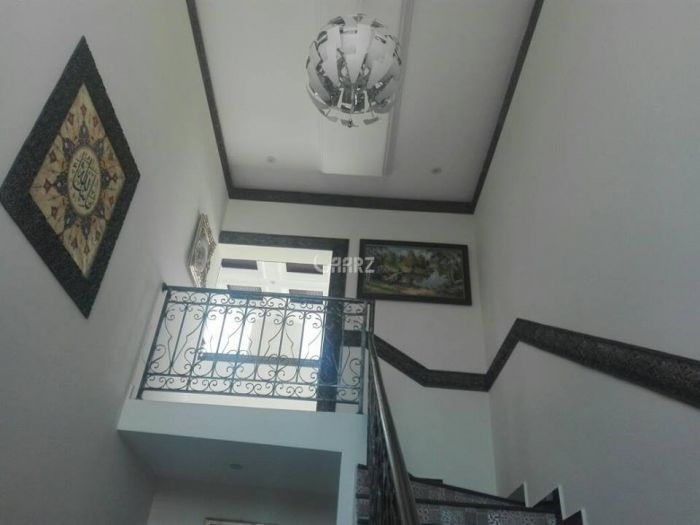 2200 Square Feet Apartment for Rent in Lahore Gulberg